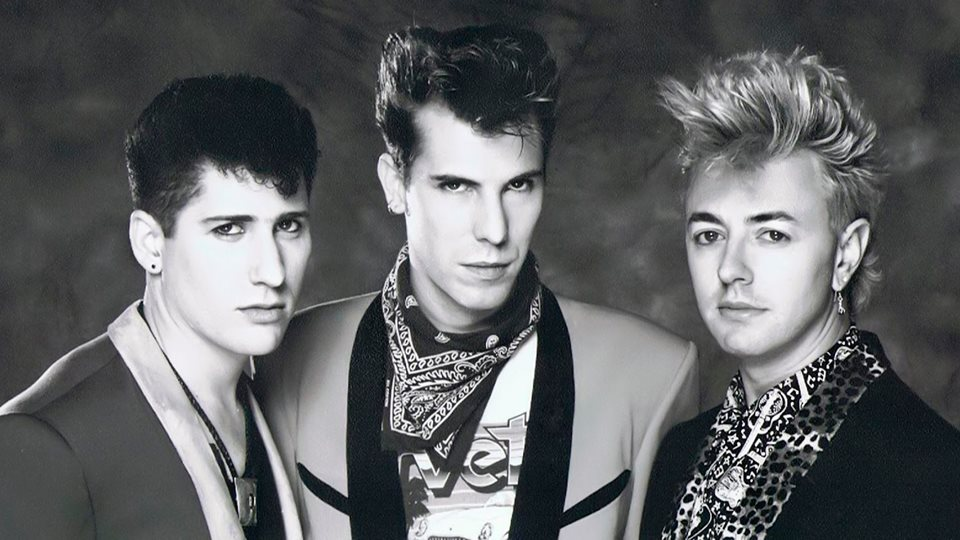 Stray Cats Ram Entertainment